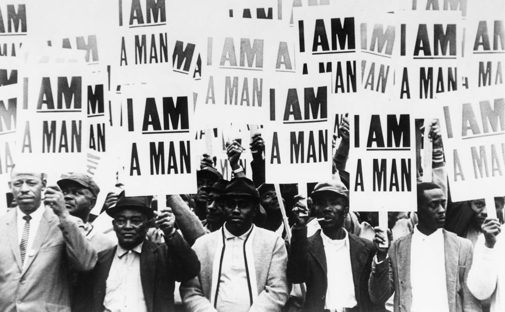 I Am A Man: Workers on strike in Memphis, 1968 © akg-images