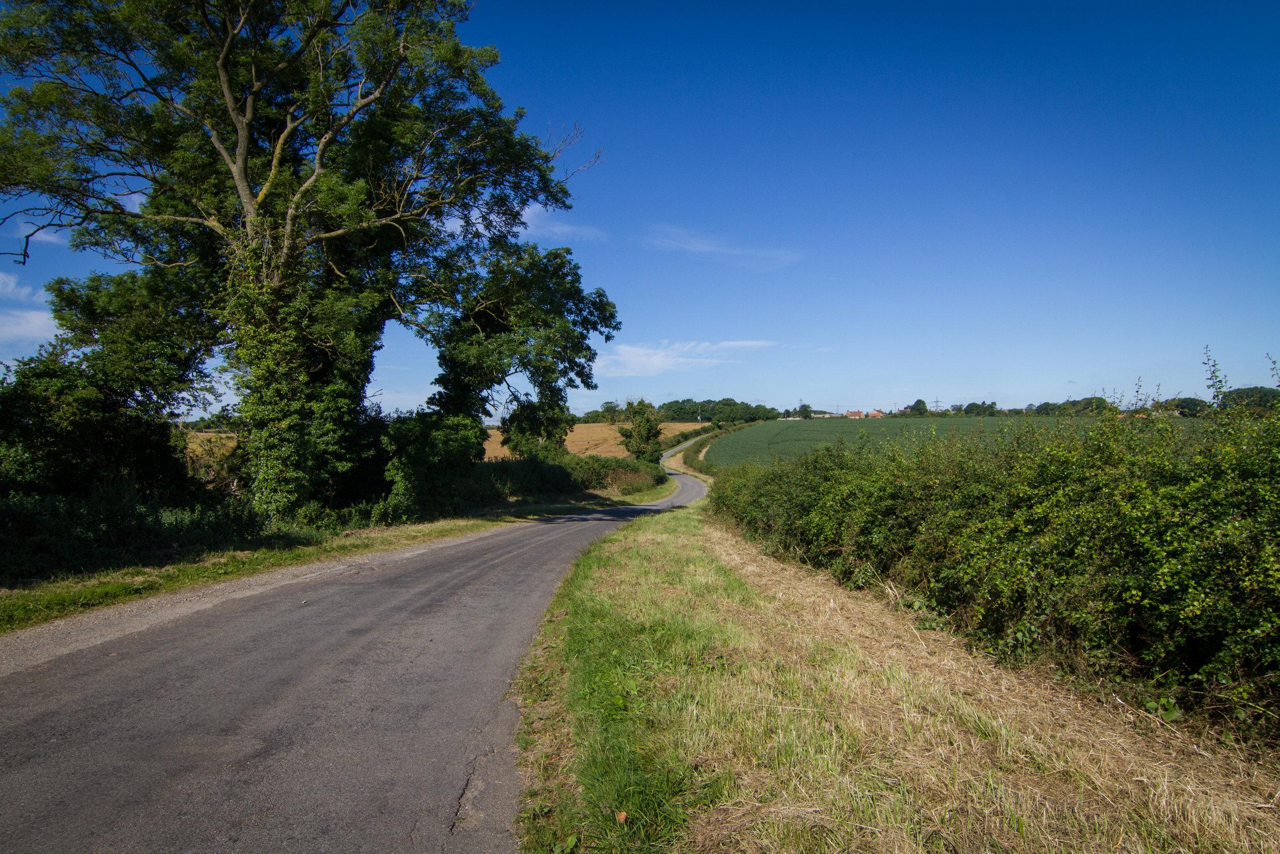 A quiet lane in South Kesteven July 2016-3.jpg