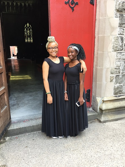 Tylaya Kint (pictured right) getting ready to take the stage with fellow summer showcase performer Hadiyah Muhammad.