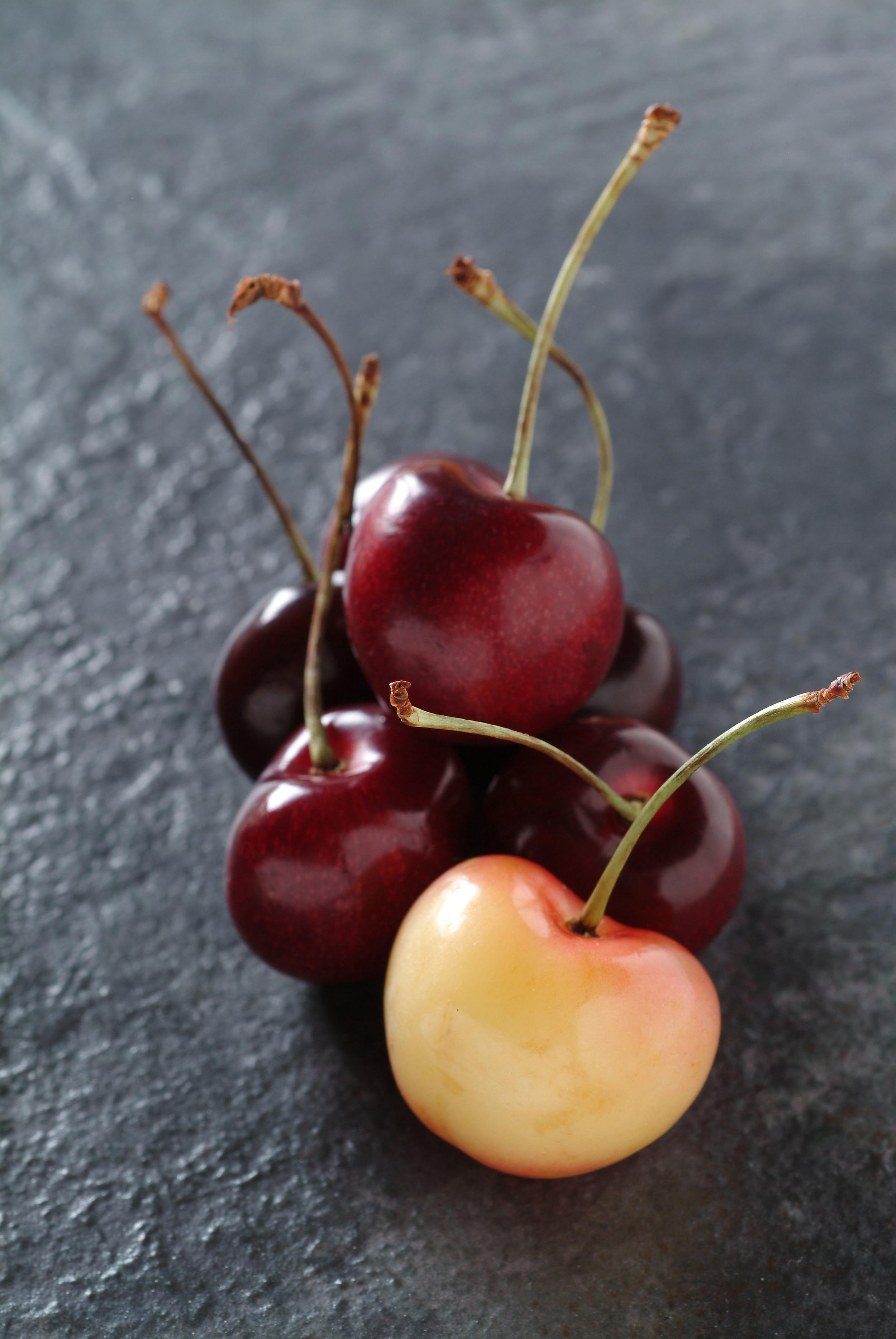 Cherries-001v1.jpg