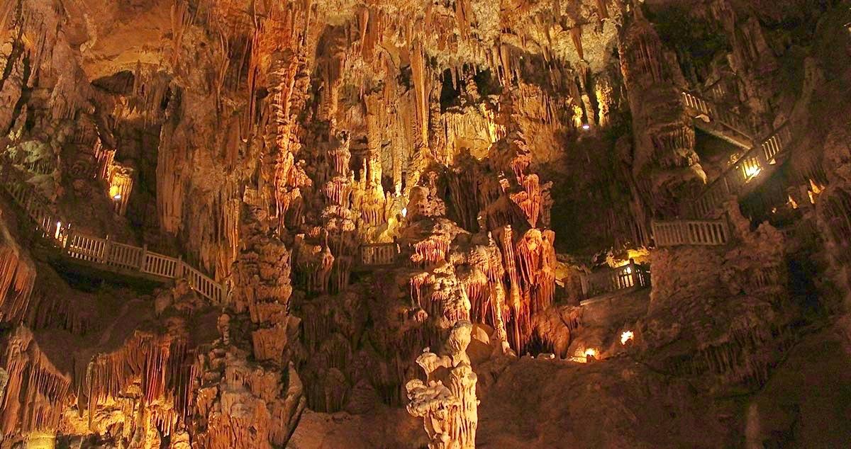 Serignan-region-grotte-demoiselles-photo-01.jpg