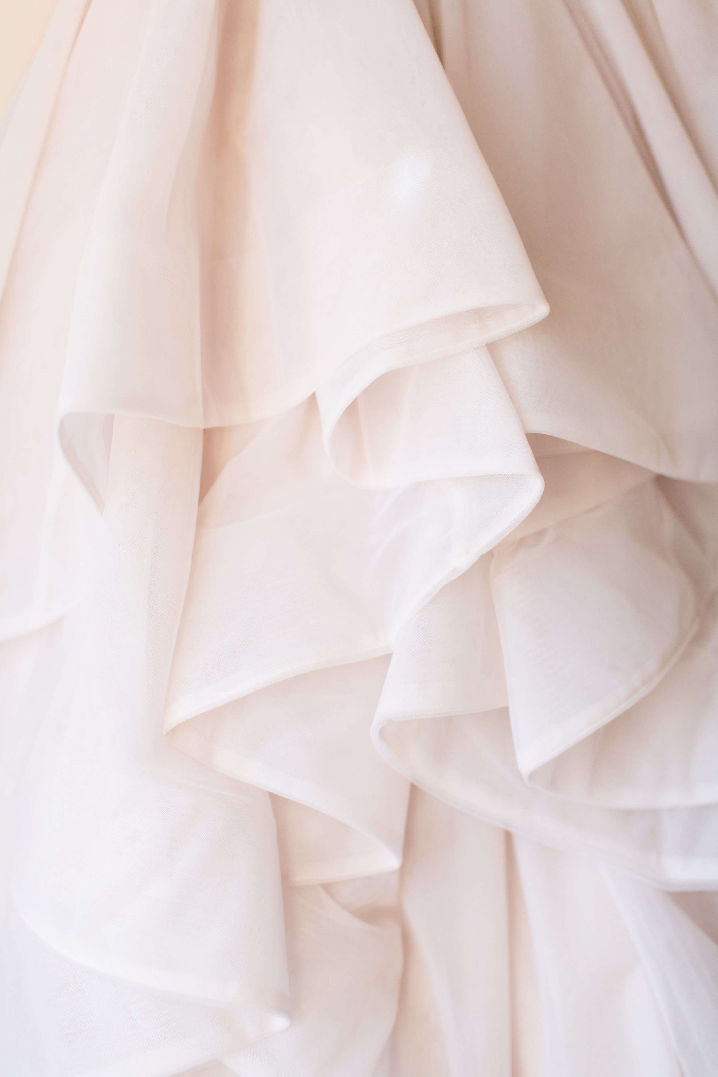 Amy_and_jordan_Baltimore_wedding_planner_wedding_dress
