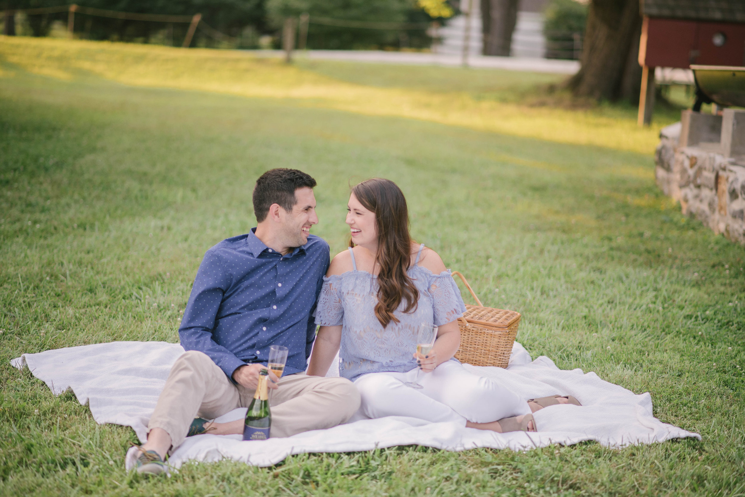 styled_anniversary_session_annapolis_wedding_coordinator_anne_casey_photography_wine