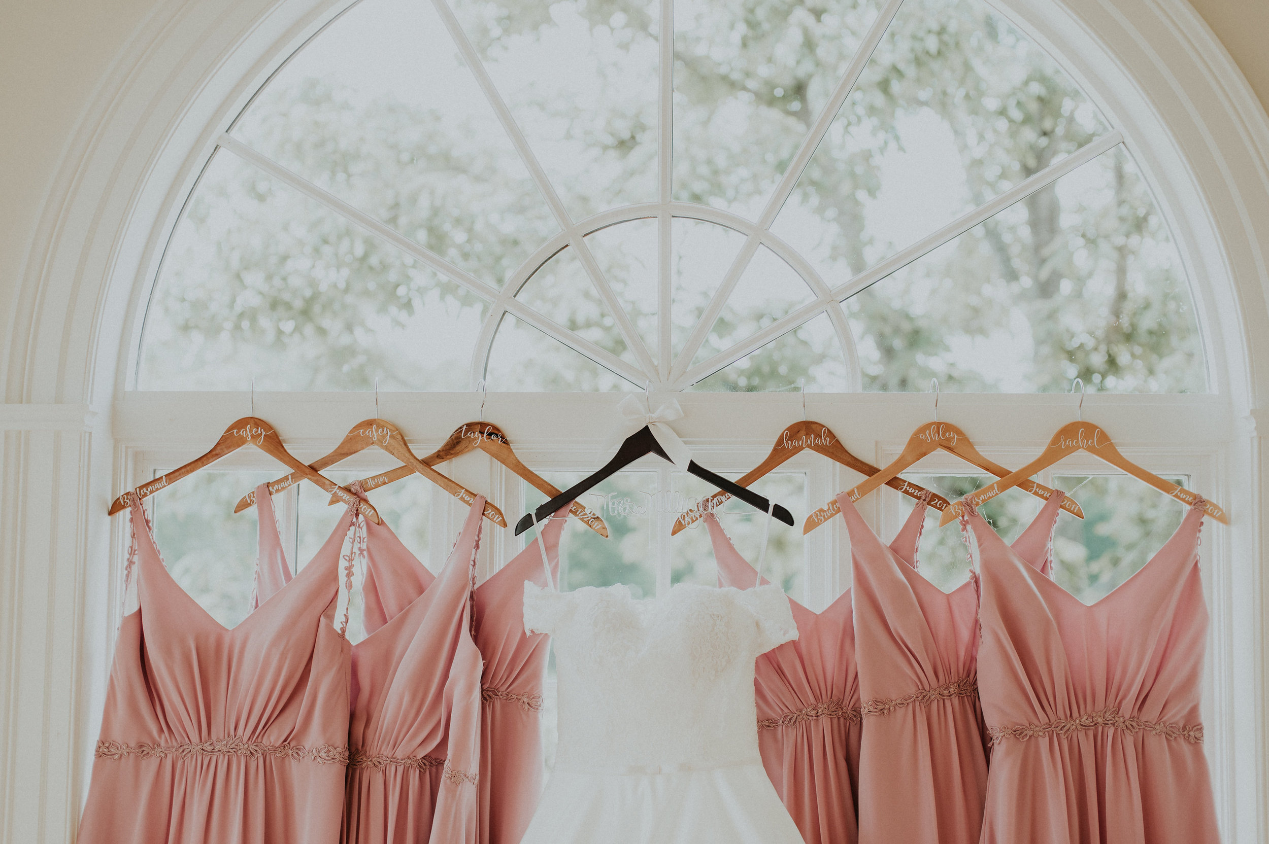 morais-wedding-virginia-wedding-planner-virginia-wedding-coordinator-leah-adkins-photography-getting-ready