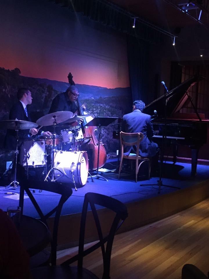 Friday evening at Jazz, Tx.