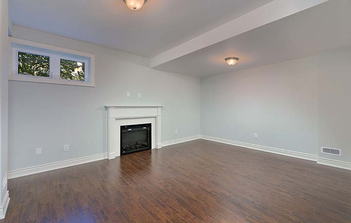 027-Rec-Room-and-Fireplace.jpg