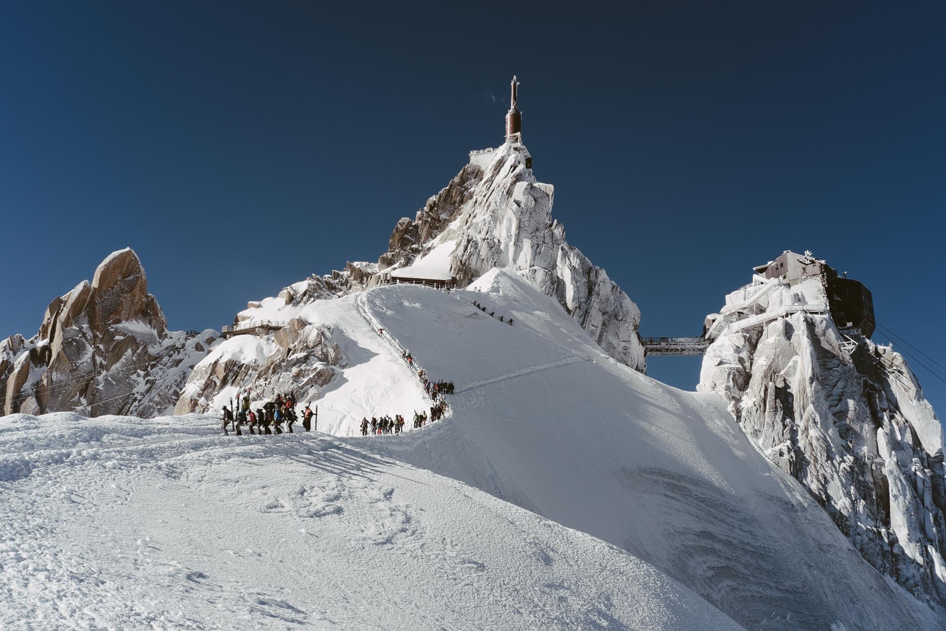 Descente de l'arête Nord de l'Aiguille du Midi 3842 m - CHAMONIX, FRANCE.