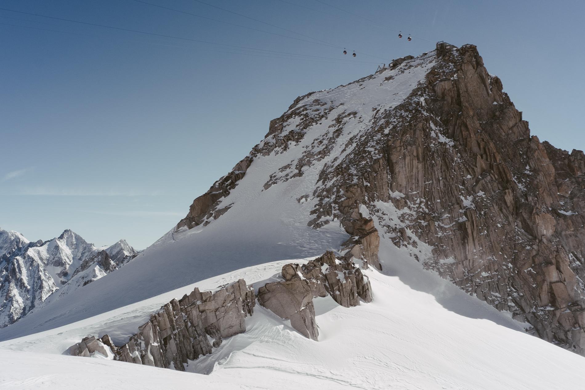 Pointe Helbronner 3462 m, télécabine de la Vallée Blanche - CHAMONIX, FRANCE.
