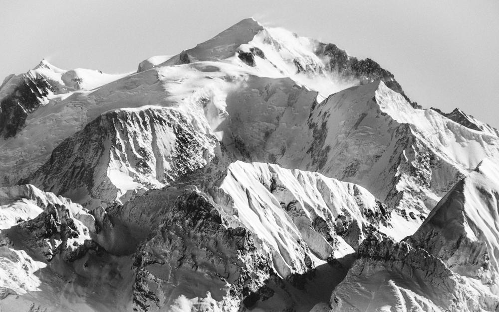 """""""la taupinière blanche"""" massif du mont-blanc depuis la montagne de sous-dine, thorens-glières (haute-savoie, france). page 35"""