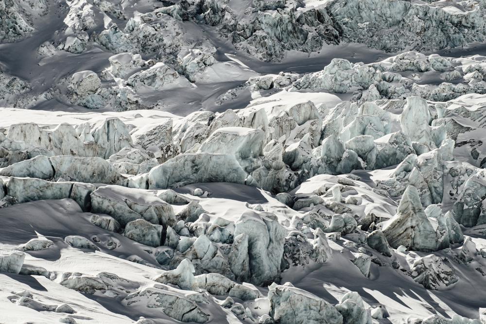 Séracs du glacier du Géant, Chamonix (haute-savoie, france). Pages 45-46