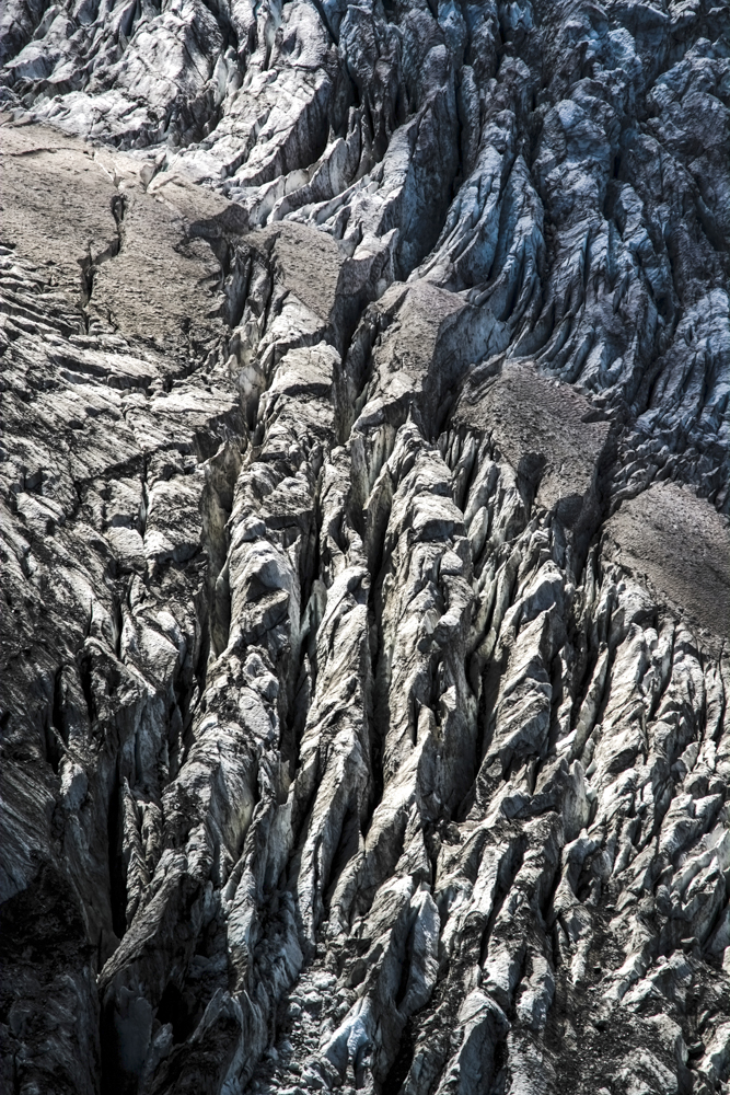 Crevasses du glacier de Taconnaz, Chamonix (haute-savoie, france). Page 55