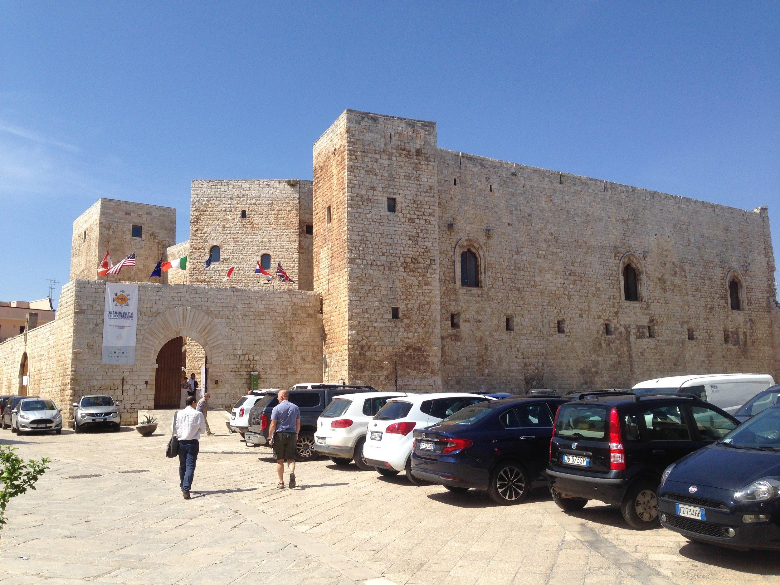 Il Castello Normanno Svevo di Sannicandro, dove si è svolta Radici del Sud 2017