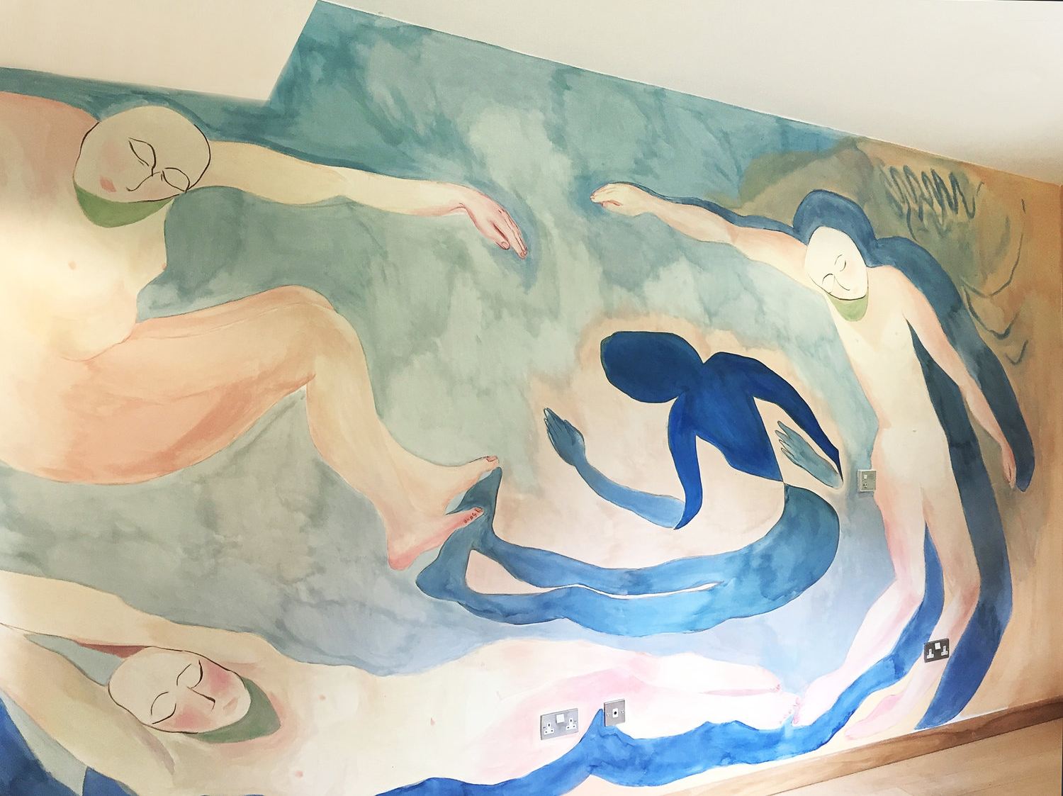 Aimee Parrott's wall painting in the Women's Lounge at the Phoenix Unit