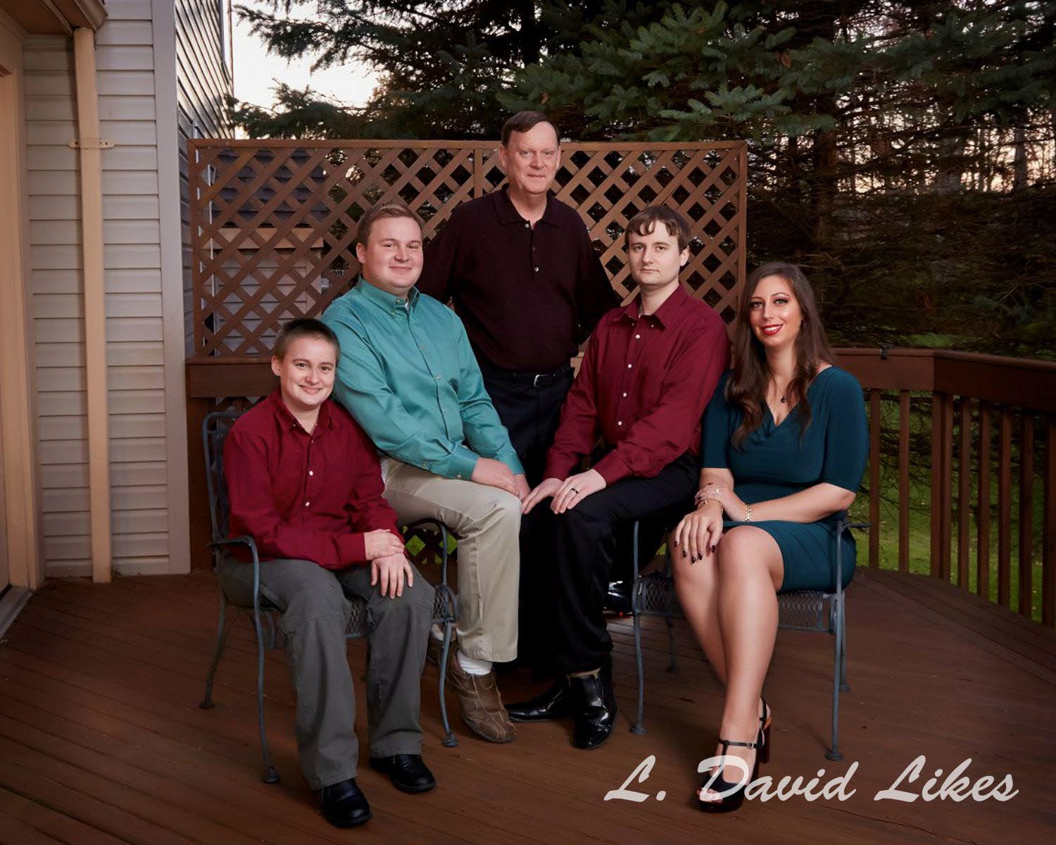 Extended Family of Five done on deck out back of home