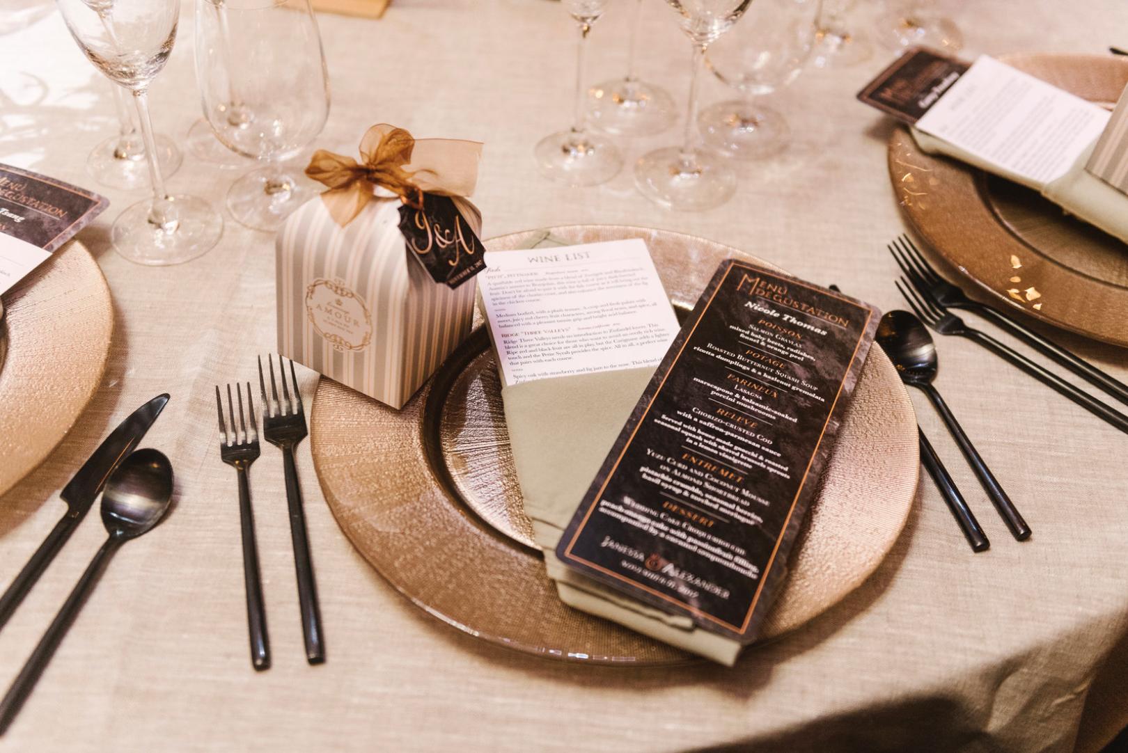 alex-janessa-wedding-table-setting