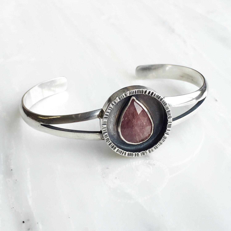 Bracelet+Sapphire.JPG