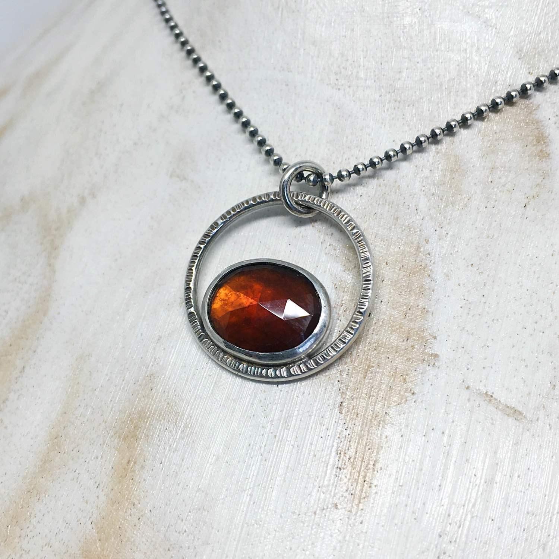 Necklace_Garnet.JPG
