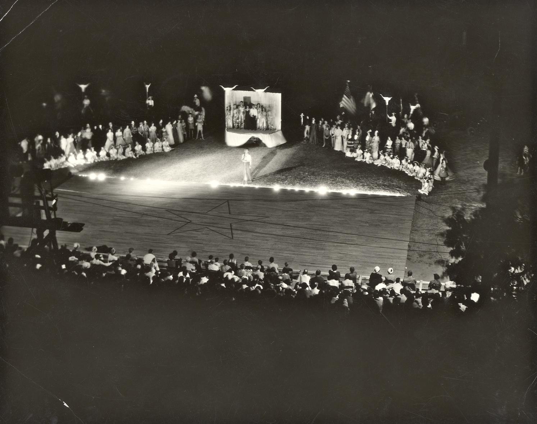 Fandangle Finale 1939.jpg
