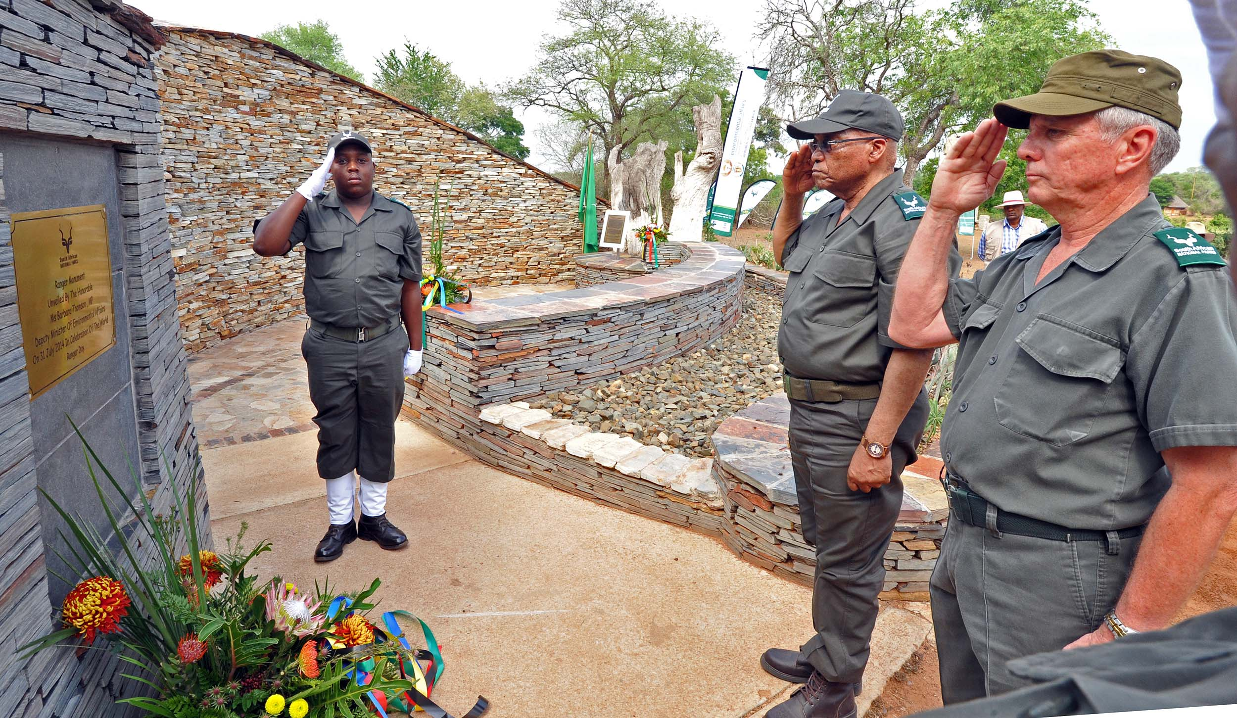 President Jacob Zuma, with Retired Major General Jooste, lays a wreath at the Ranger Monument on Anti-Rhino Poaching Awareness Day in Kruger National Park, Mpumalanga.  Credit:  GovernmentZA