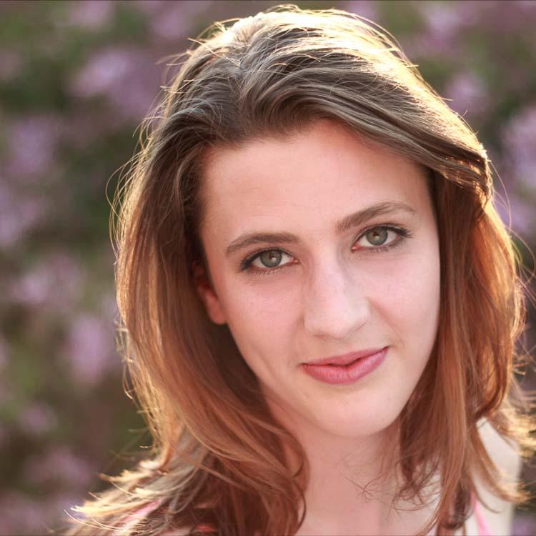 Lauren 1.1.jpg