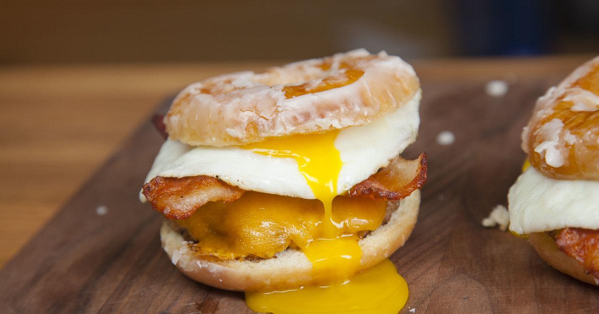 donutsandwich.jpg