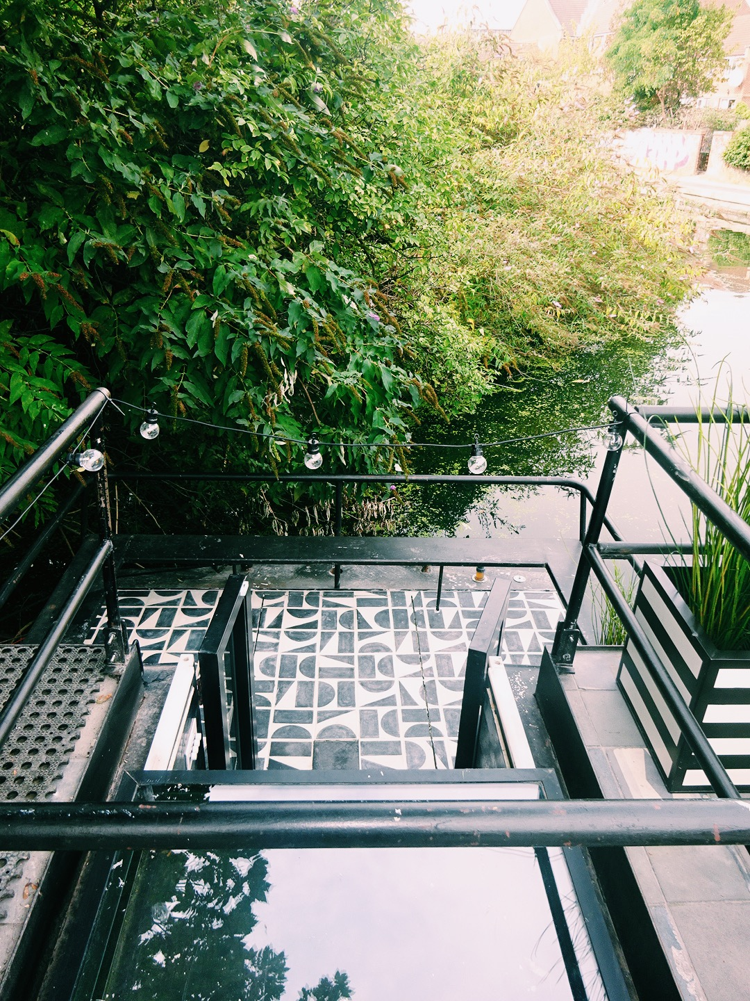 The barge patio covered in Split Shift tiles
