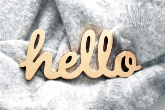 Gold Hello standing sign £5