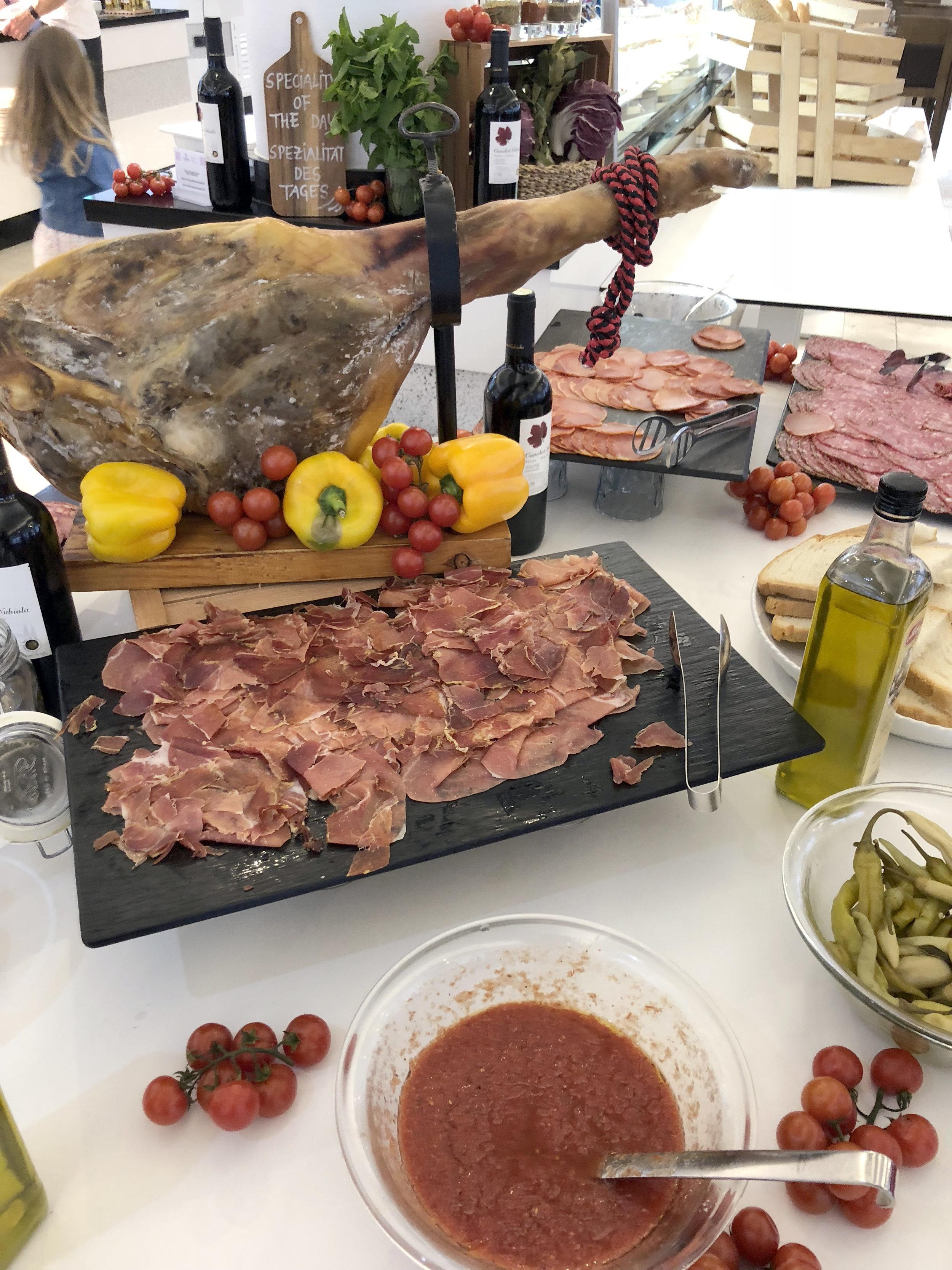 fergus club europa tapas dinner.jpg