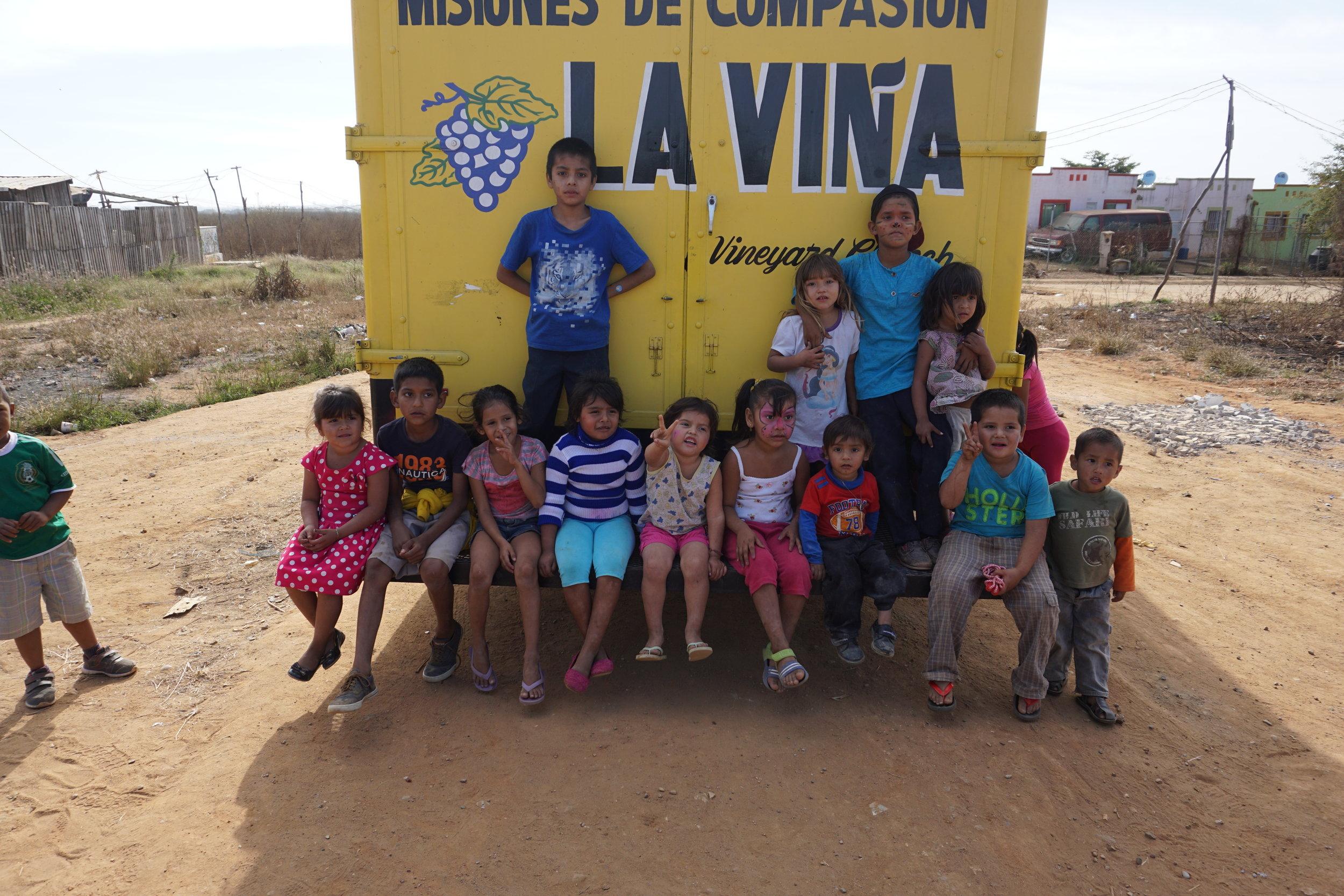 Children of La Vina