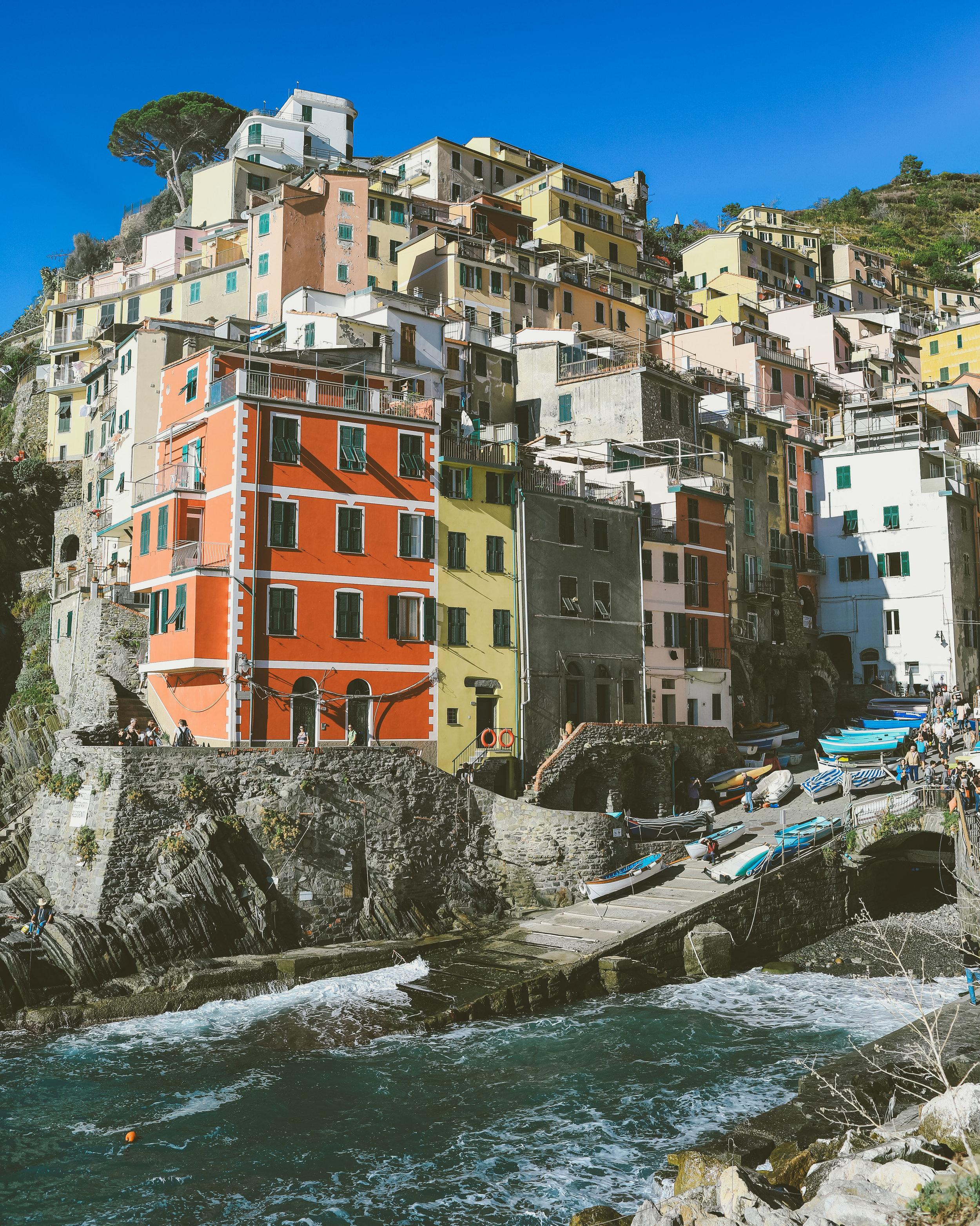 travel-photographer-cinque-terre-riomaggiore