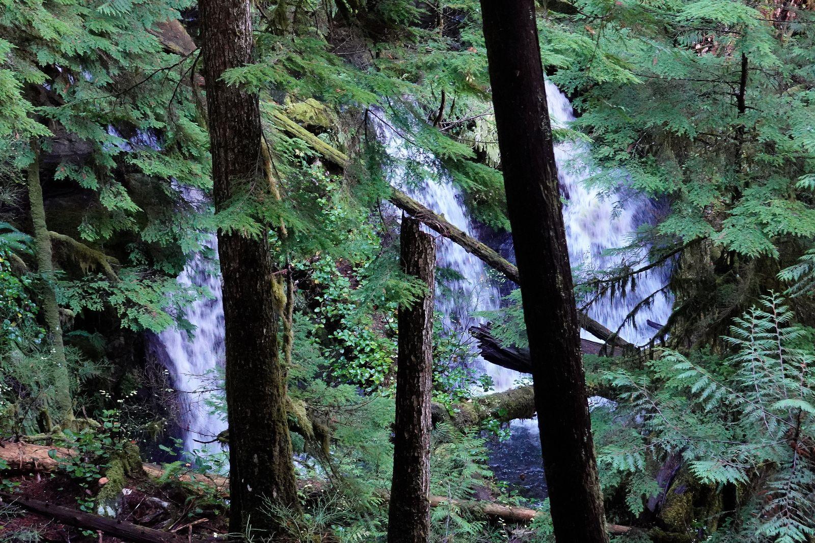 The three waterfalls below Murhut Falls