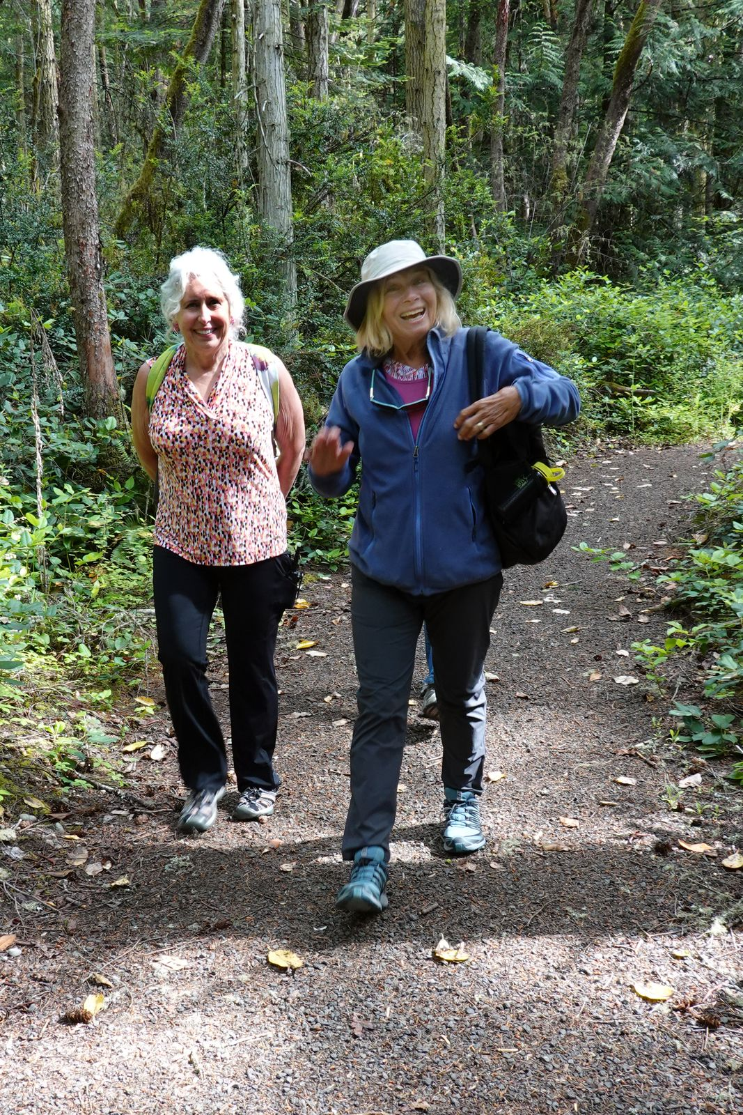 Talking about two happy hikers here they are: Merrily & Tieta