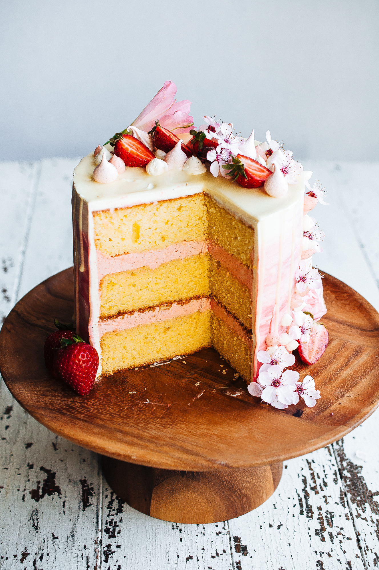 Strawberry and vanilla cake 19.jpg