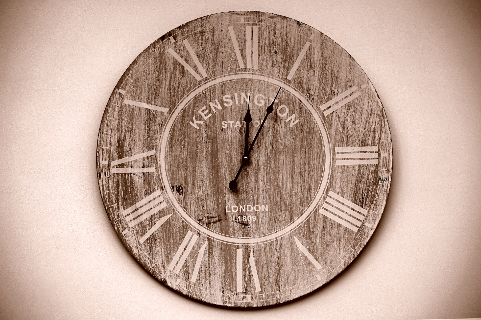 clock on the wall, counseling in columbia mo
