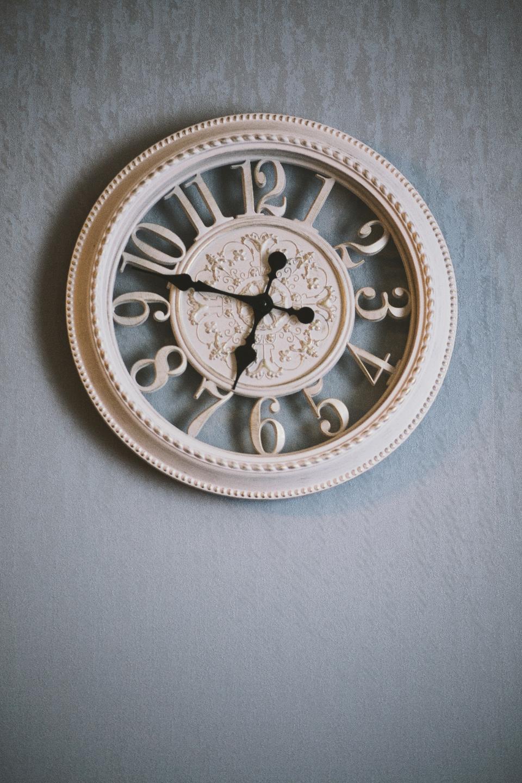 clock, clock on wall, time