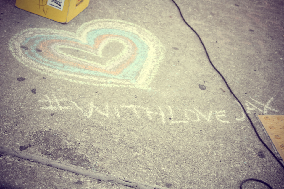 with love chalk, chalk drawing heart columbia mo, chalk art