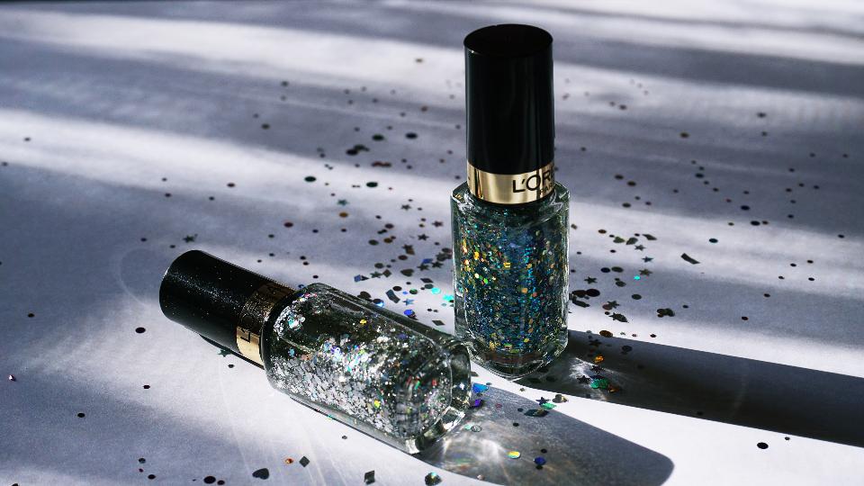nail polish, glitter nail polish
