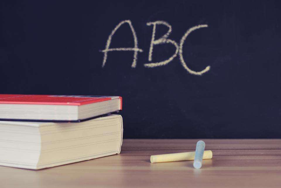 abc, chalkboard, chalk, books, chalkboard in school