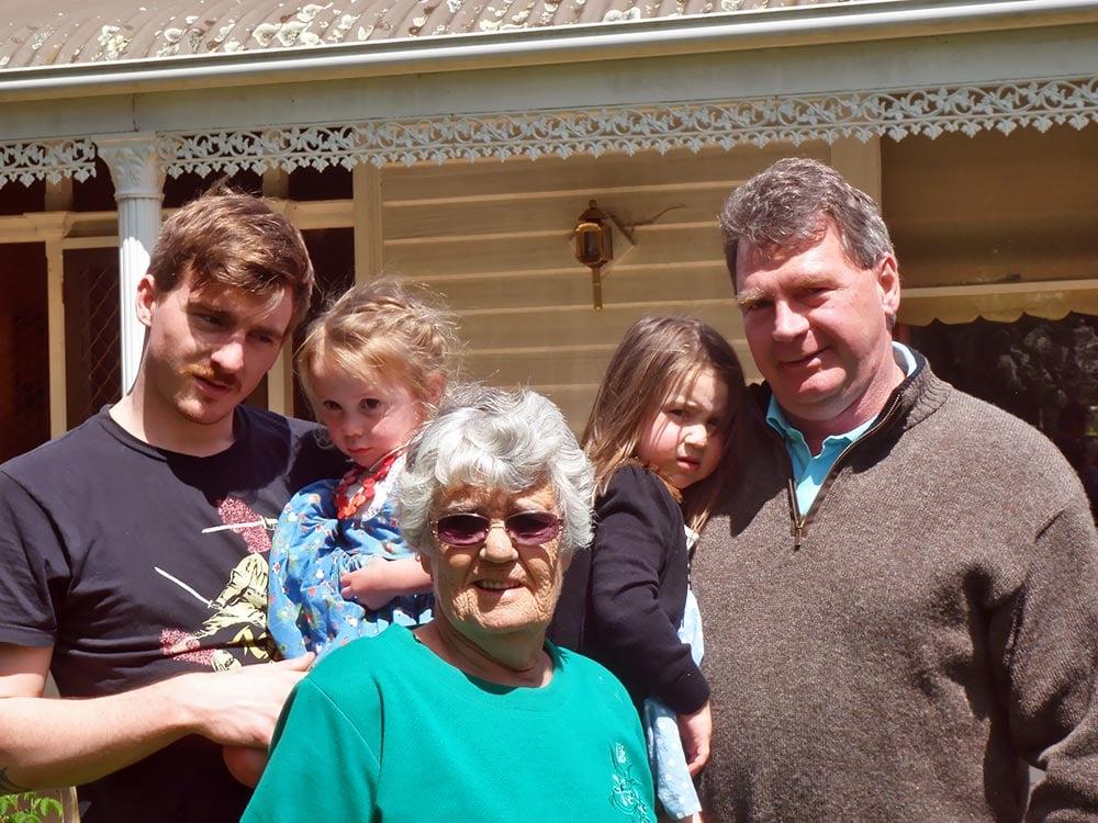 Ilse's-Bday-2013-Family.jpg