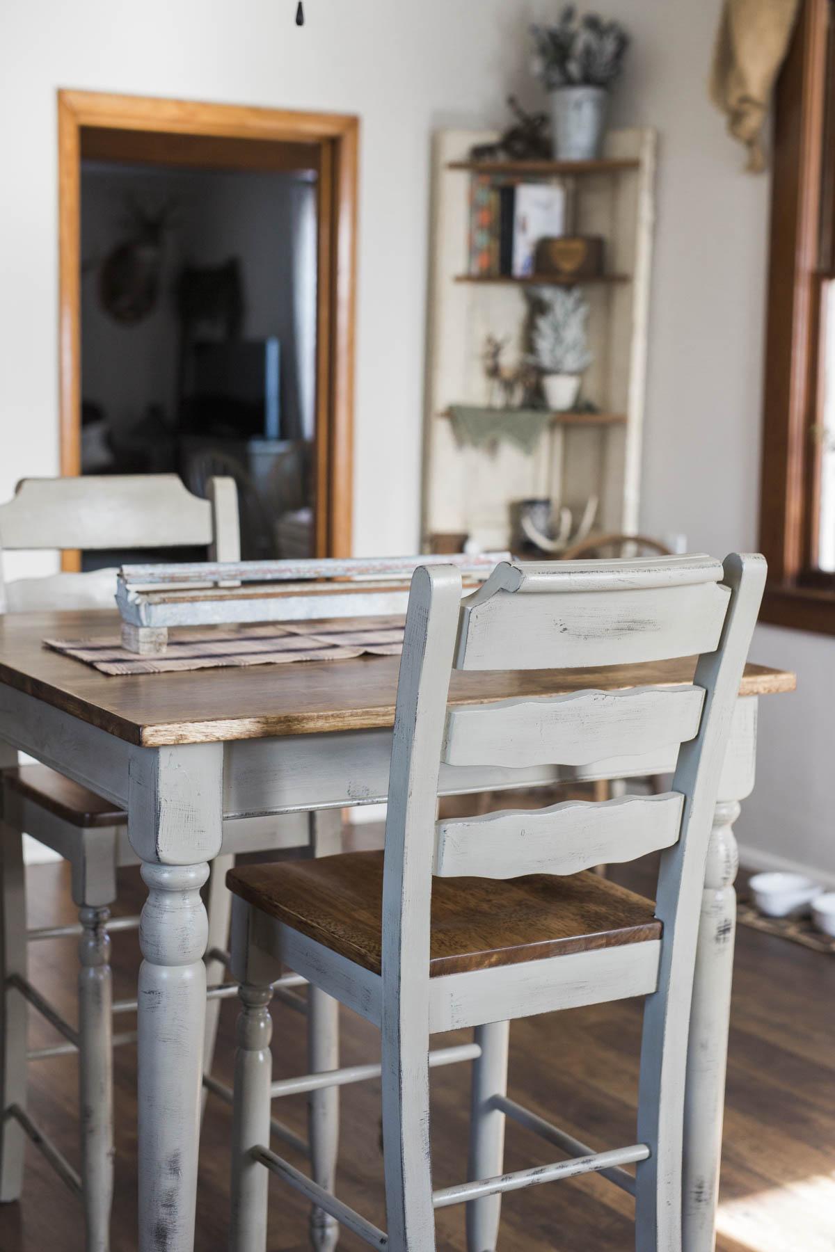 shotbychelsea_blog_table_refinish-3.jpg