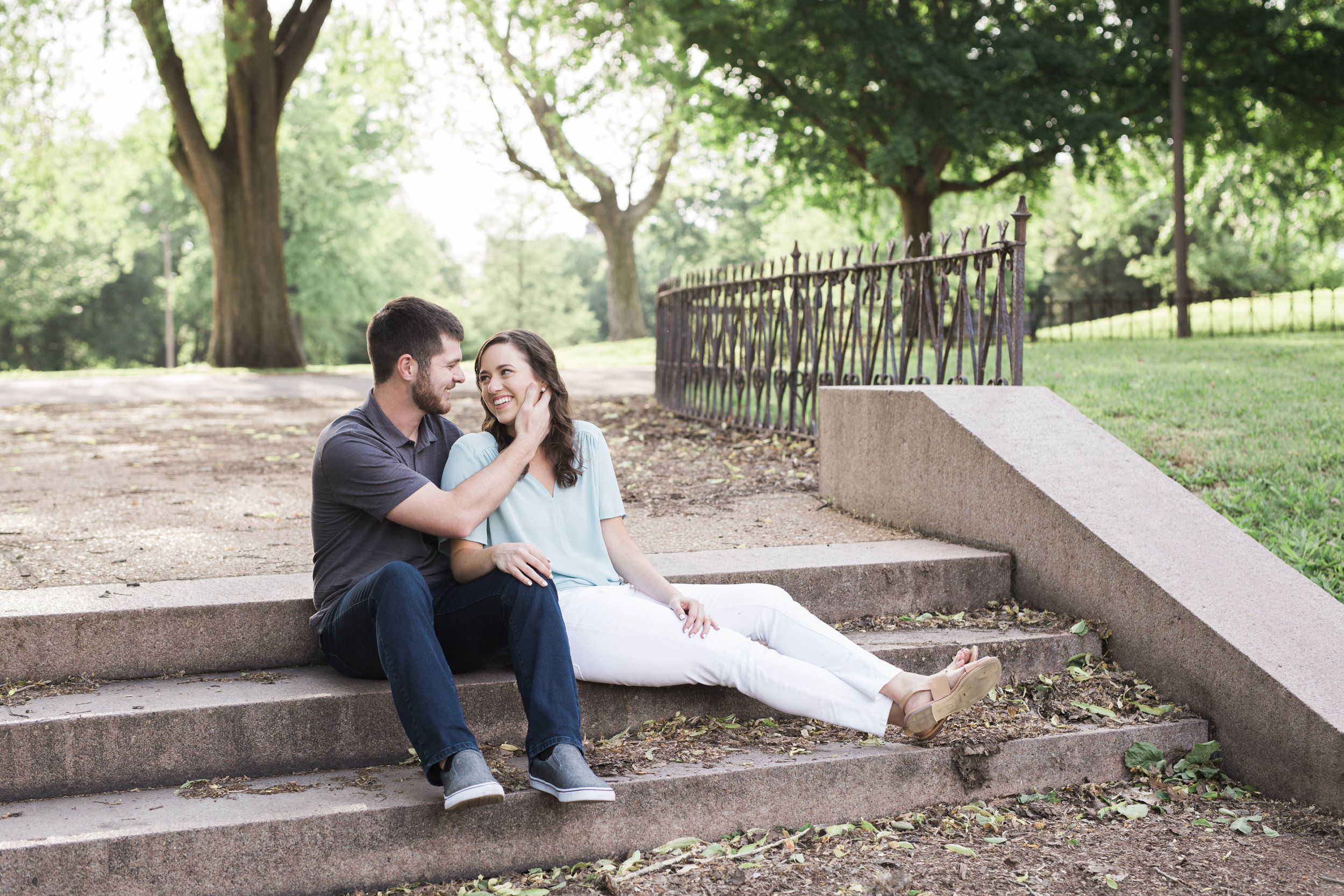 shotbychelsea_stl_engagement_photographer-4.jpg