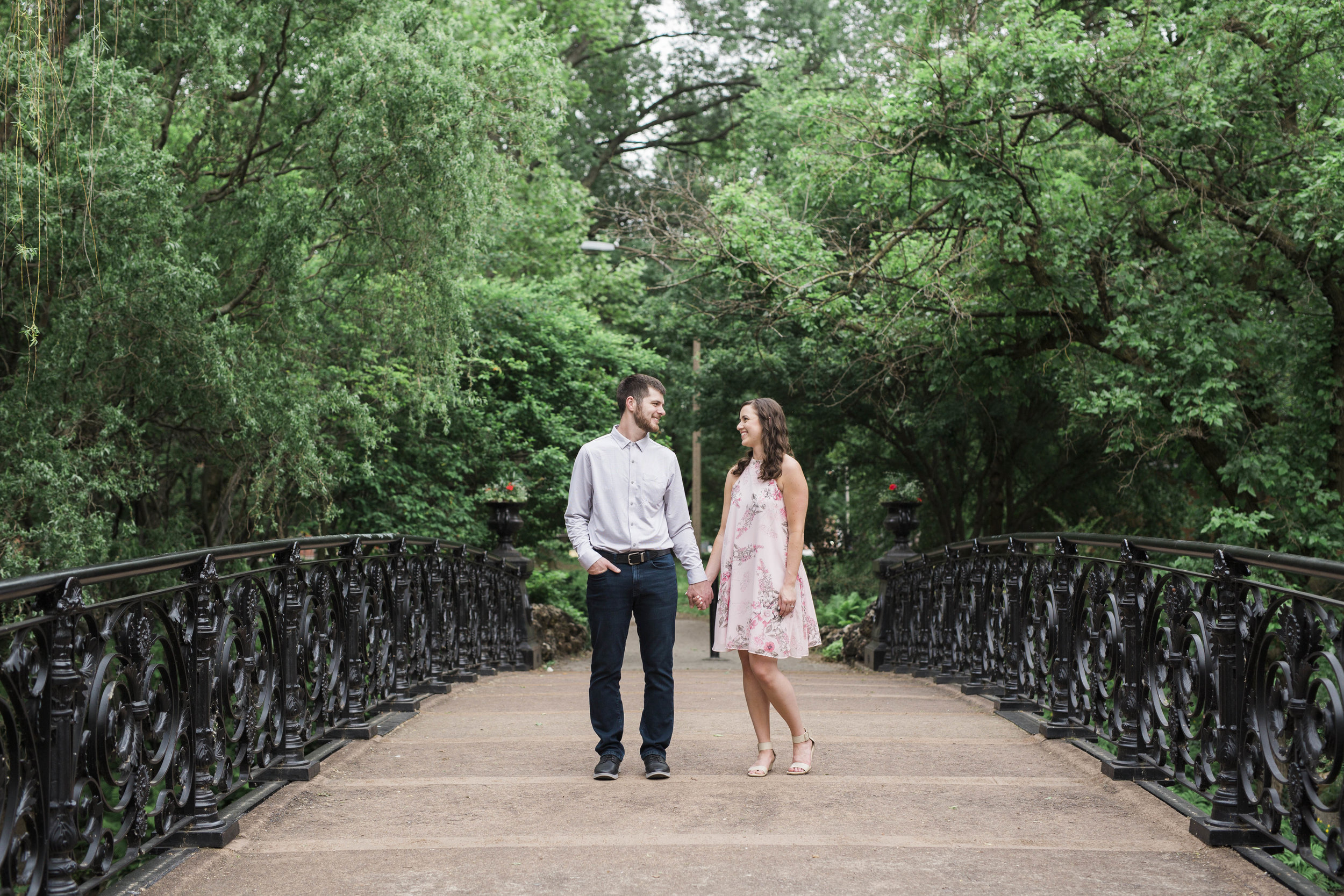 shotbychelsea_stl_engagement_photographer-14.jpg