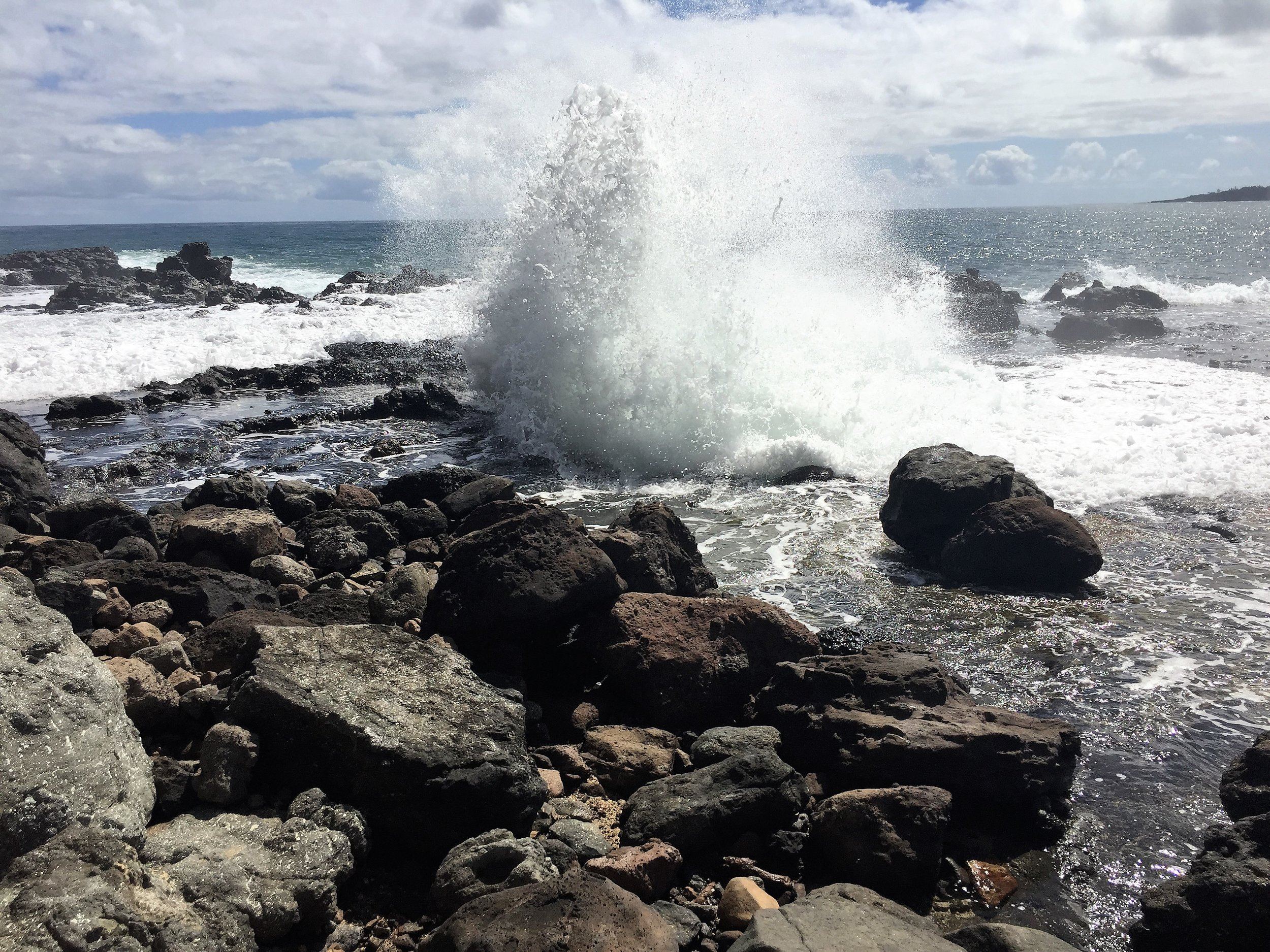 Blowhole, Rock Quarry Beach hike