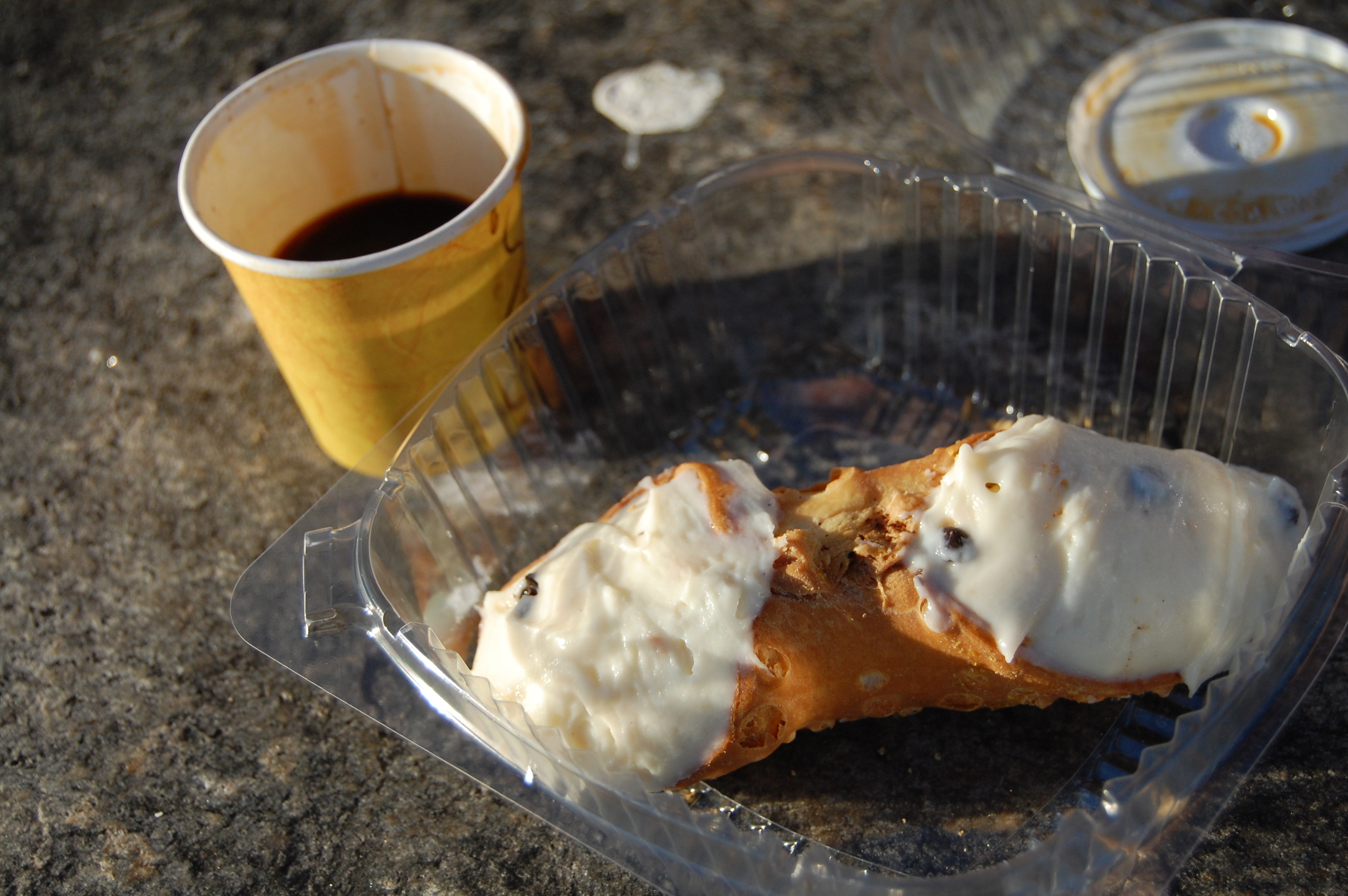Vaccaro's Cannoli and Espresso