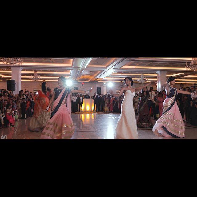 Bride's dance off - VsaMedia.com #visualizemedia #hobokenweddings #firstdance #weddingvenues #southasianwedding #weddingvideographer #njweddings #newyorkweddings #weddingdress #cinematography #luxurywedding #bridesdress #weddingvideography #weddingplanner #weddinghour #jerseycityweddings #njweddingvideography #lumixS1 #weddingphotography #Nassauwedding #dramaticcinematic #indianwedding #Bharaat #weddingdetails #hinduwedding #newjerseywedding #newyorkcitywedding #weddingphotography #hobokenweddings #longislandwedding MakeUp @heenadasbeauty  photographer @asnagpal_photography  DJ @djusaweddings  Shooter @risenimage