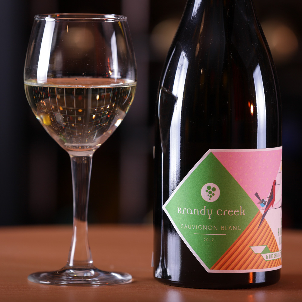2018-Furious Flock Sauvignon Blanc - Comes from a local vineyard. Hand harvested, Fermented in stainless steel tanks.Bright & vibrant wine, Expressing the aromas of Gooseberry, Guava, & Nectarine. Soft & elegant finish.