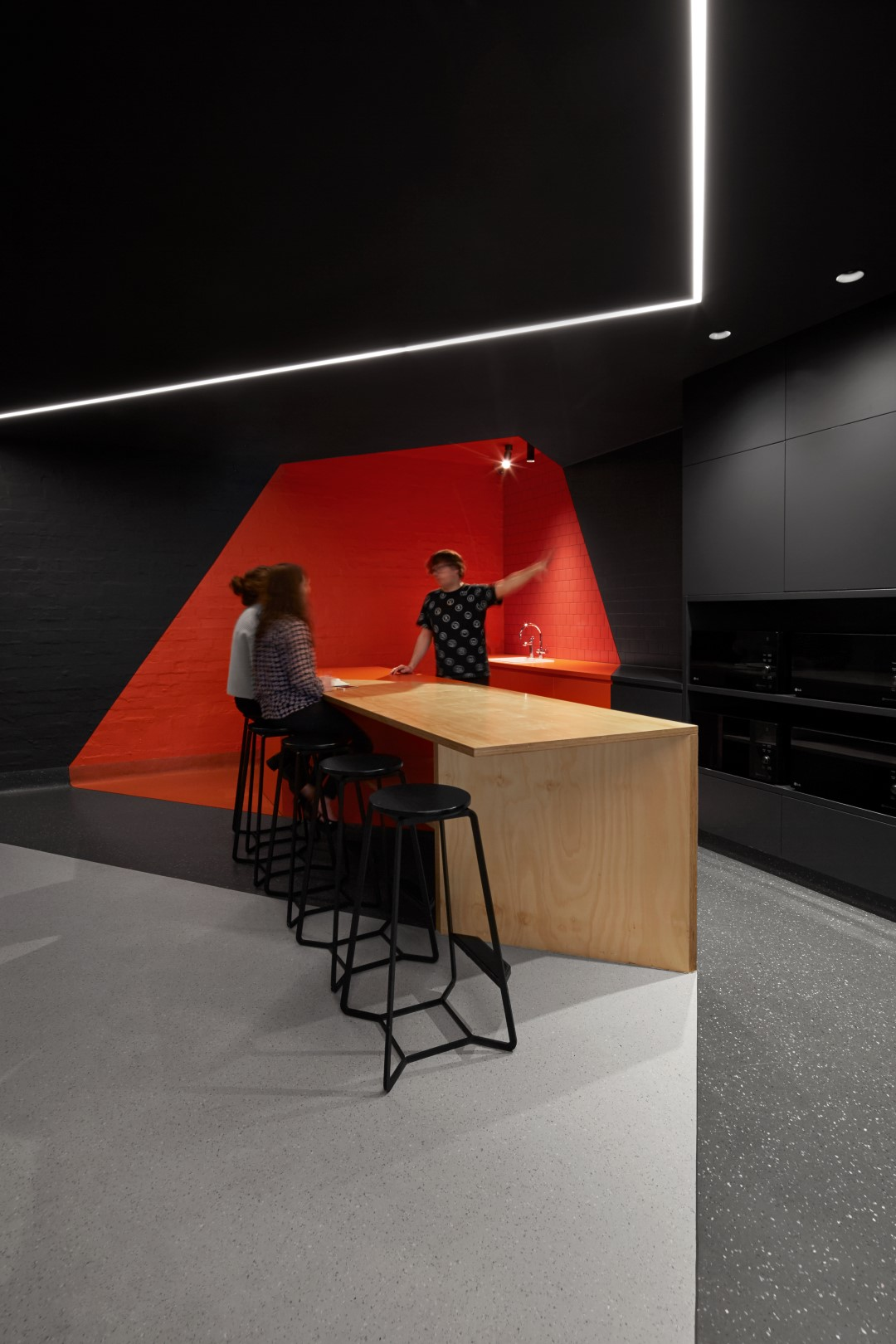 HINGE_RMIT Student Zone_Internal_Kitchenette_Large.jpg