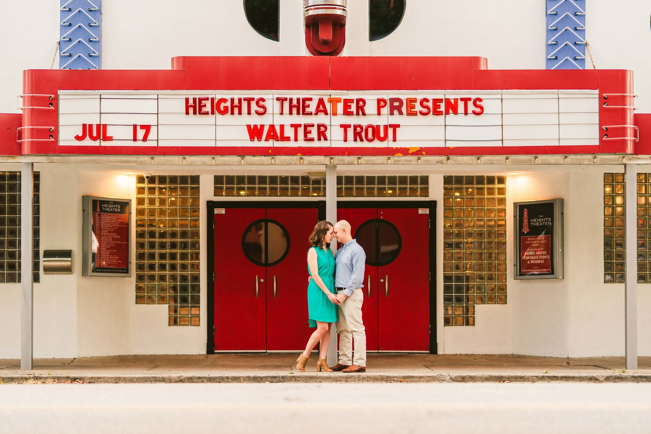 houston-wedding-photographer-photogrpahy-photographers-engagement-session-portraits-heights-down-town-couple-make-up-artist-venue-best-top-i.jpg