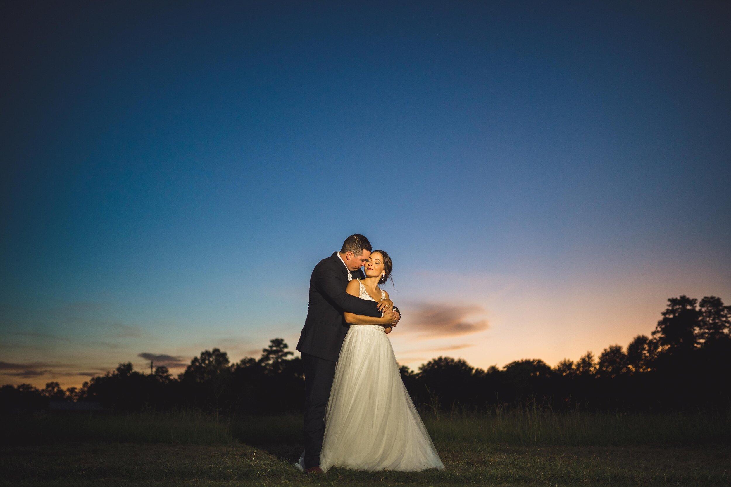 houston-wedding-photographer-photographers-photography-conroe-texas-planner-best-top-vendor-pine-lake-ranch-photos-1.jpg
