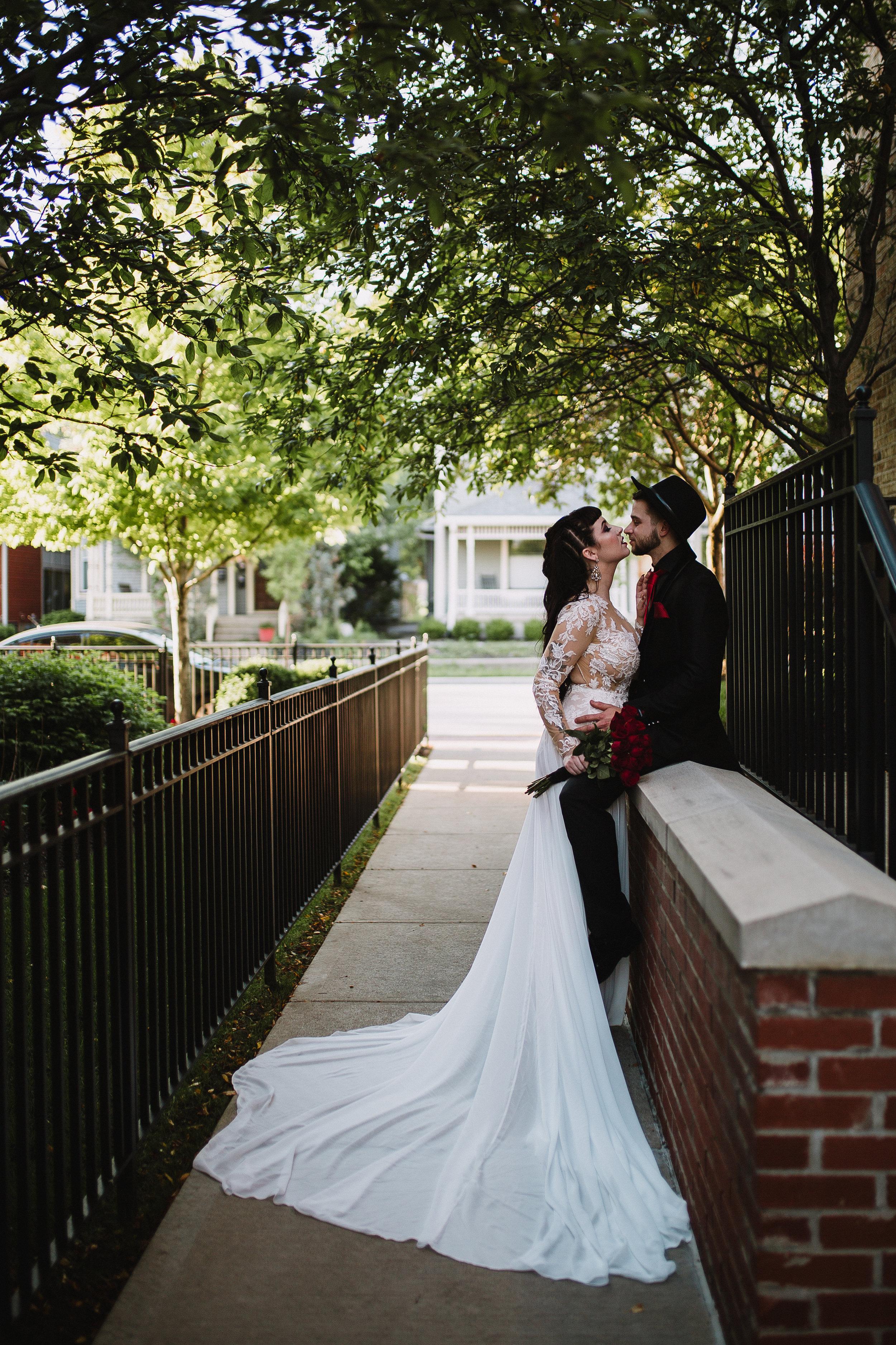 PUNK-WEDDING-PATTERNMAGAZINE-REAGANLYNNPHOTOGRAPHY-INDIANAPOLIS-INDIANA-2.jpg